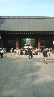 終戦記念日に靖国神社を考える。